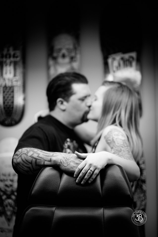 The38Photo_Engagement_session_tattoo_7.jpg