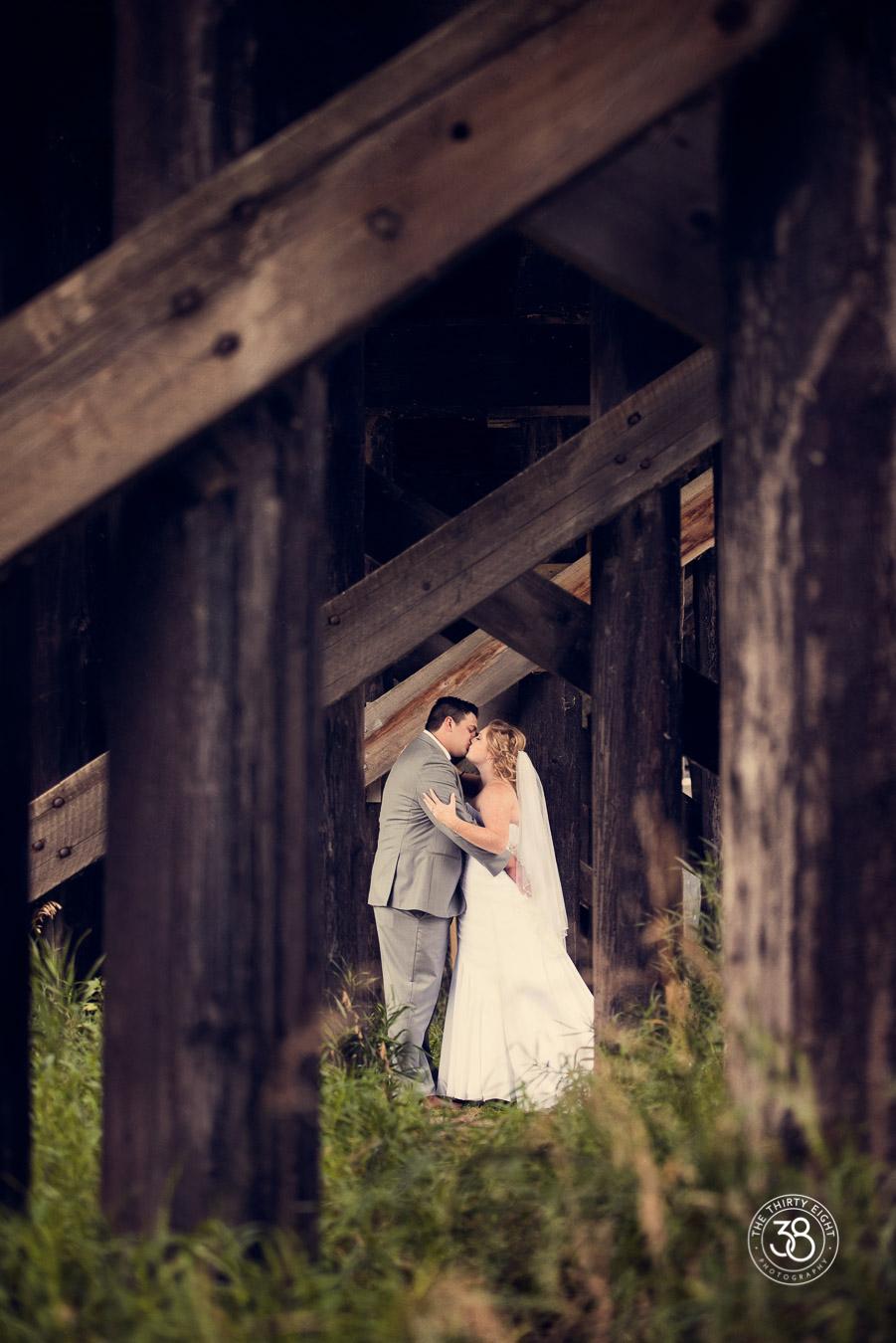 The38Photo_wedding_day_Calgary_19.jpg