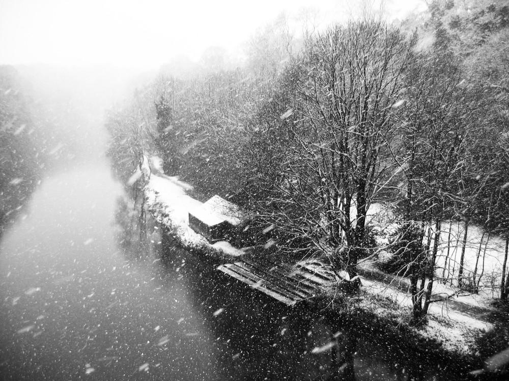 snow-river.jpg