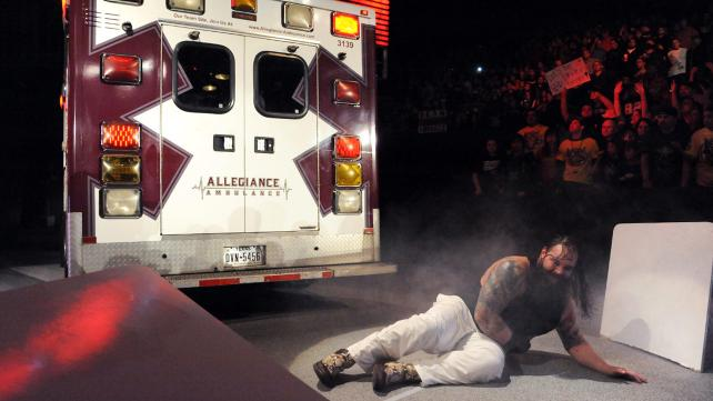 Bray Wyatt defeats Dean Ambrose again.