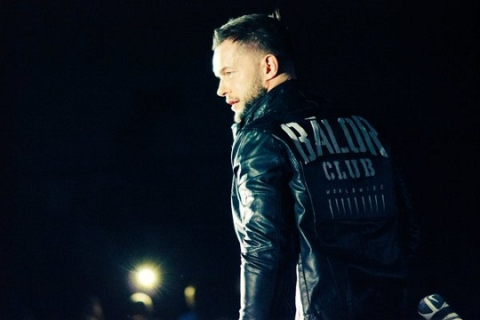 FINN BALOR, A MUCH-BELOVED INDY-WRESTLER FROM IRELAND RECENTLY DEBUTED ON RAW VIA  en.yibada.com