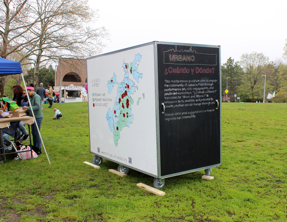 Nomadic Civic Sculpture/Escultura cívica nómada