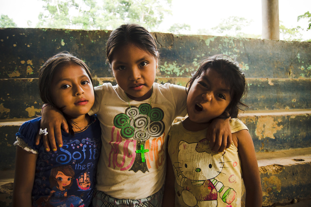 Casa-Guatemala_Girls-Making-Funny-Faces.jpg