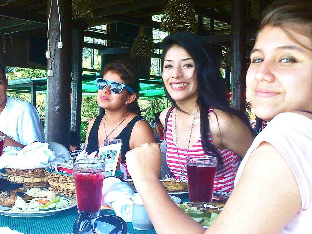 Casa Guatemala_Hotel Backpackers_Restaurant Visitors.jpg