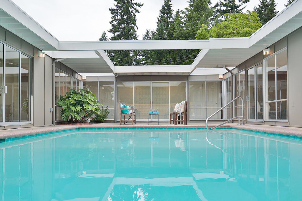 602 165th Ave NE Bellevue WA-large-028-17-Pool-1500x1000-72dpi.jpg