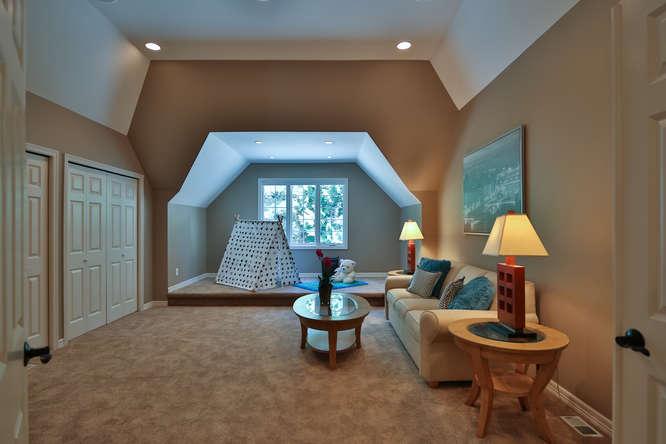 428 289th Pl NE Carnation WA-small-030-11-Bedroom 2-666x444-72dpi.jpg