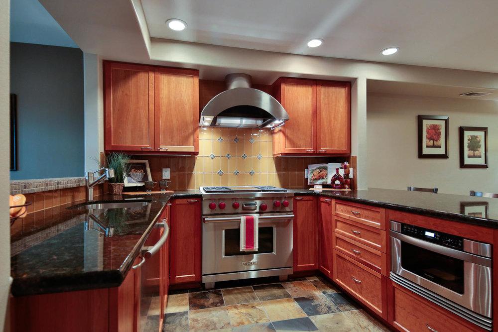 07225 4th Ave Kirkland WA 98033-large-019-11-Kitchen-1500x1000-72dpi.jpg