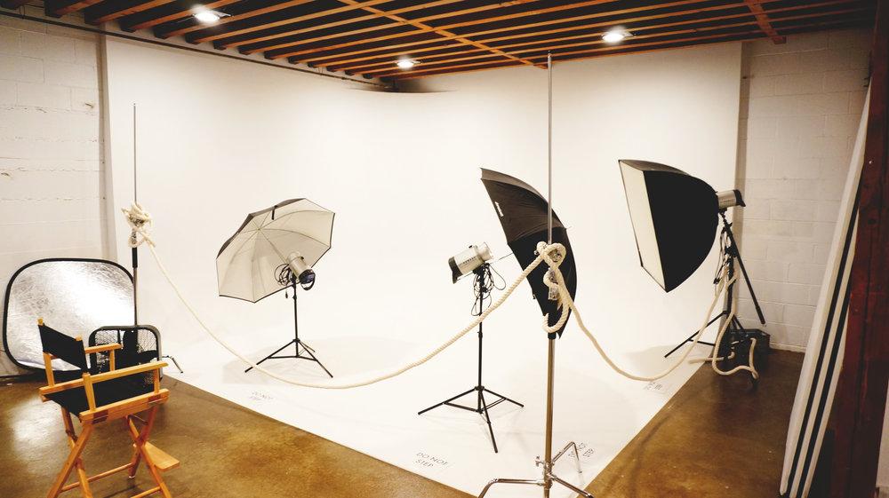Unita-Photo-Studio-06.jpg