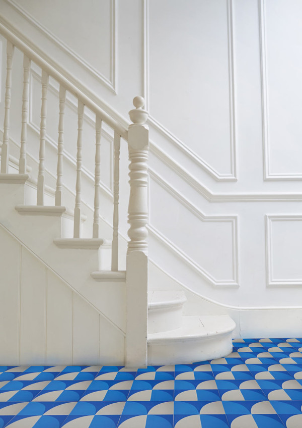 awesome-flooring-using-vct-tile-in-blue-and-white-theme-matched-with-white-wall-and-white-staircase-for-interior-design-ideas-home-depot-peel-and-stick-tile-groutable-vinyl-floor-tiles-groutable-vinyl.jpg
