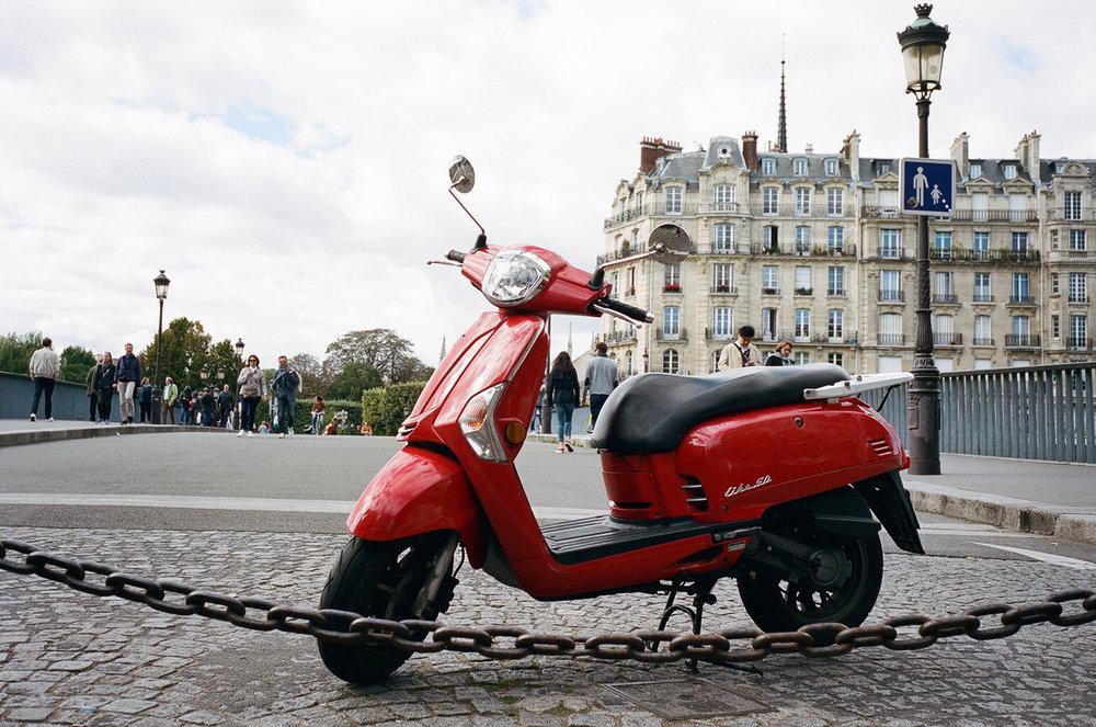 Kodak Portra 400 (Paris)-50.jpg