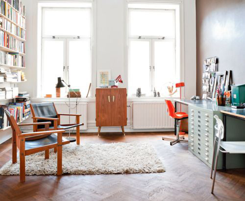 10 Cozy and Stylish Office Spaces for Inspiration