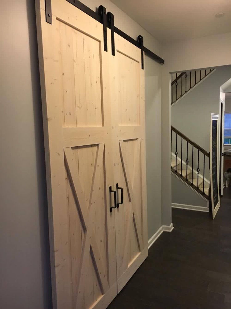 Double Door, Lower X Style (Natural Wood) / Classic Black Track
