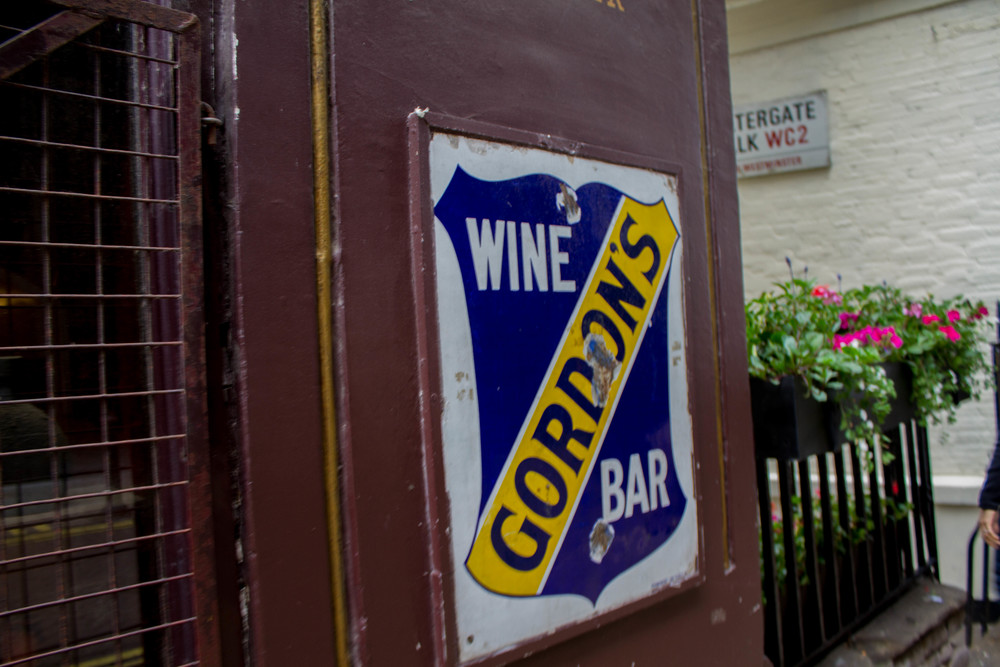 London Time - Gordon's Wine Bar | Four Threads