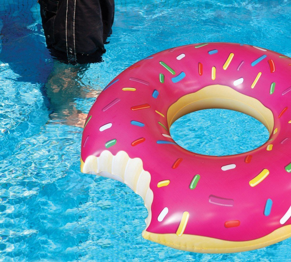Donut Pool Float | TheFourThreads.com