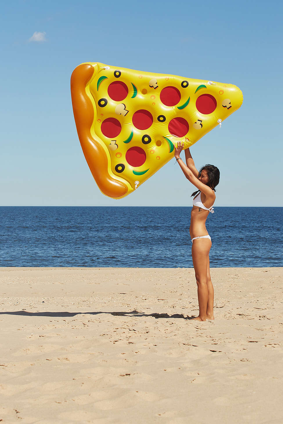 Pizza Pool Float | TheFourThreads.com