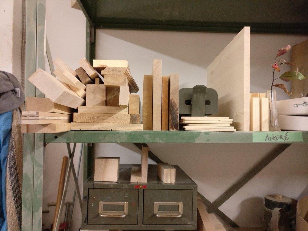 Nuvem desk, design furniture, project eight eight, designer, myriam rigaud