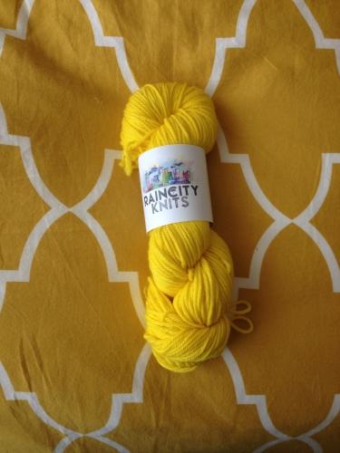 Mustardy bedspread