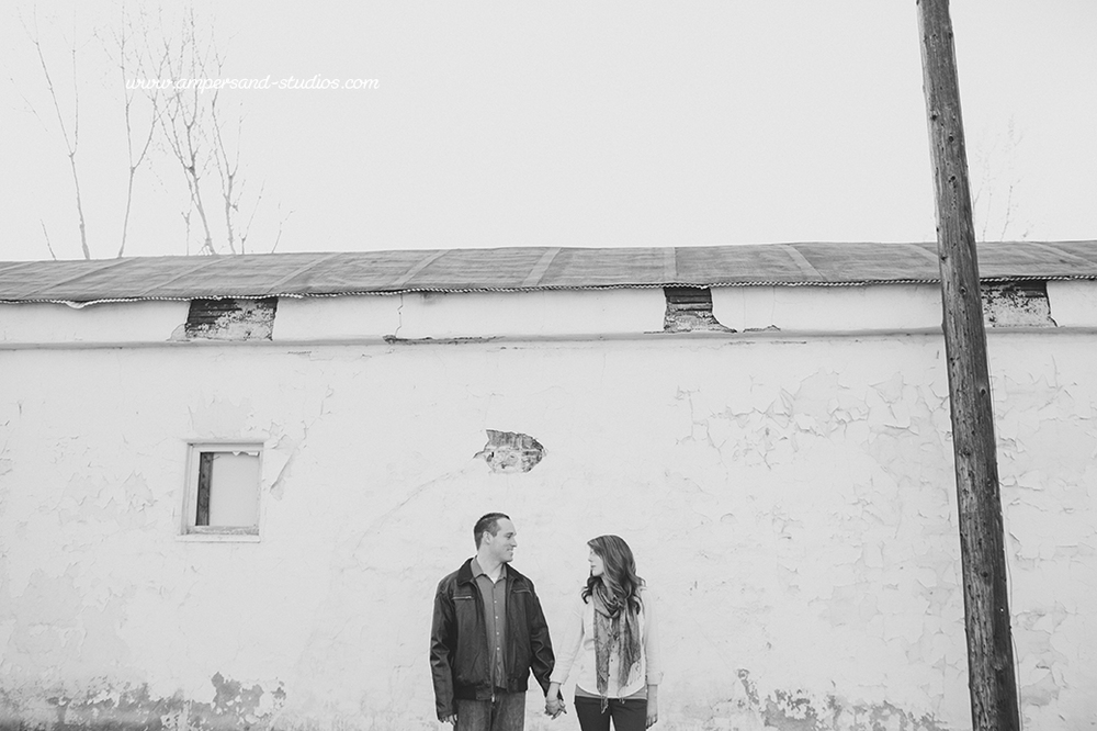 Eagle_Photographer_Idaho_Coffee_Shop_Engagement-110