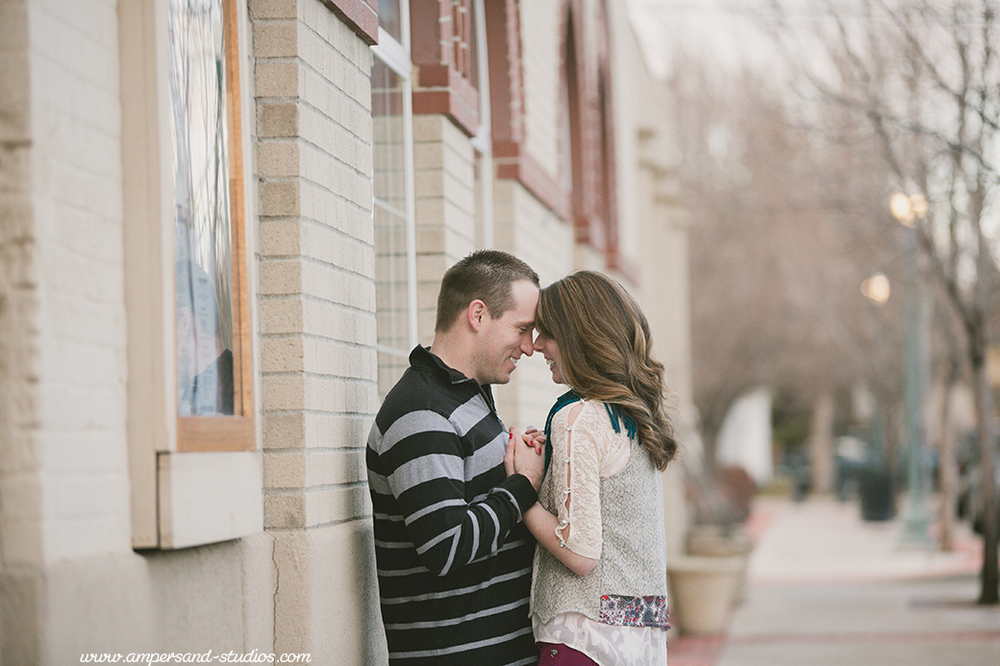 Eagle_Photographer_Idaho_Coffee_Shop_Engagement-122