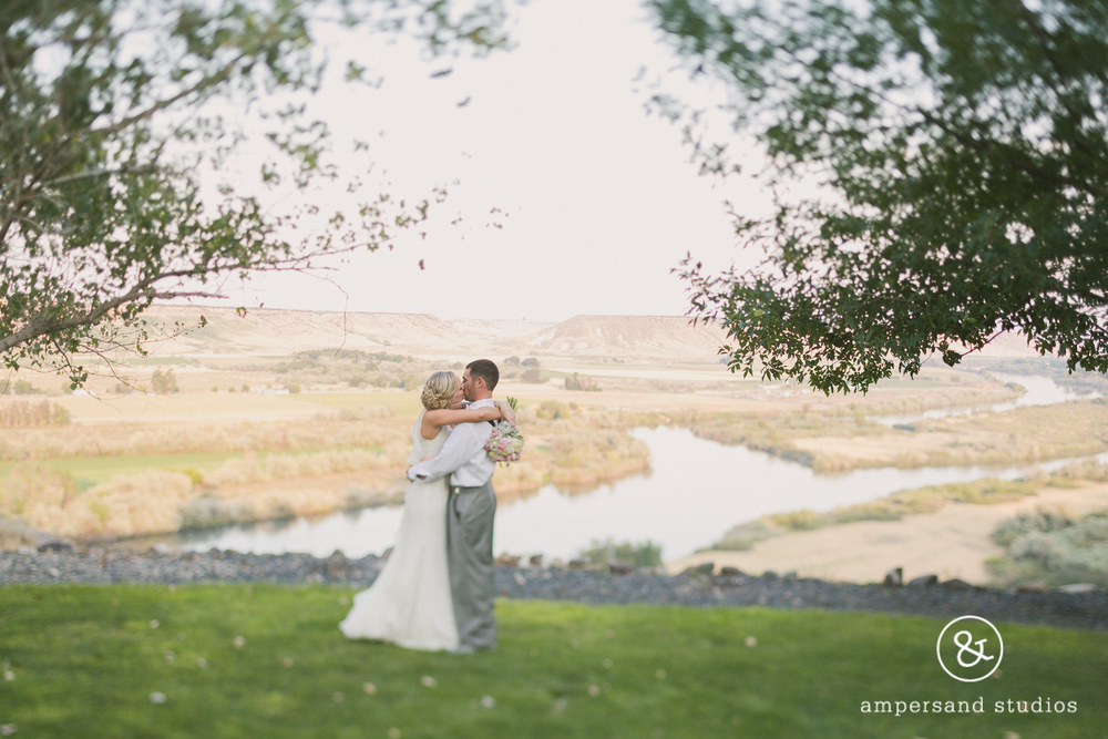 Fox_Canyon_Vineyards_nampa_idaho_wedding_venue_flamingo-141