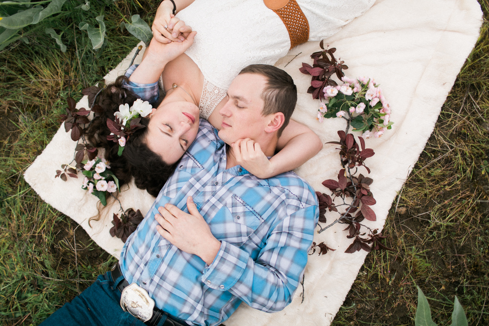 Boise_Foothill_Engagement_Session_Ampersand_Studios-101.jpg