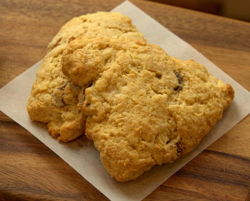 vanilla fig scones