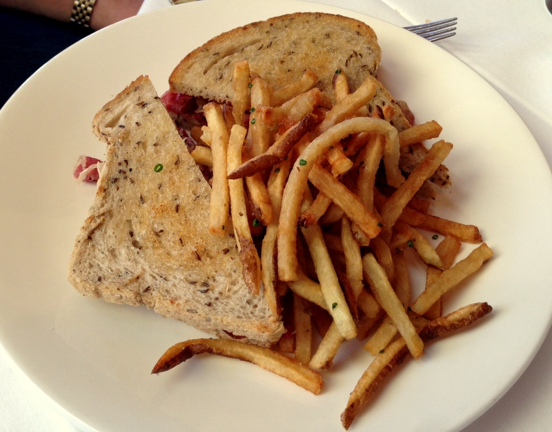 pastrami on rye with house fries