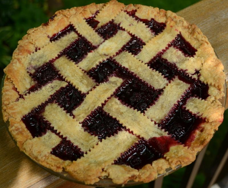 Nanny's blackberry pie