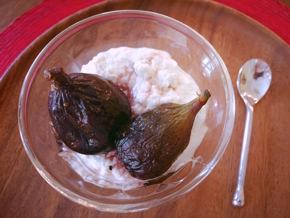 coriander sugar-poached figs with fresh ricotta