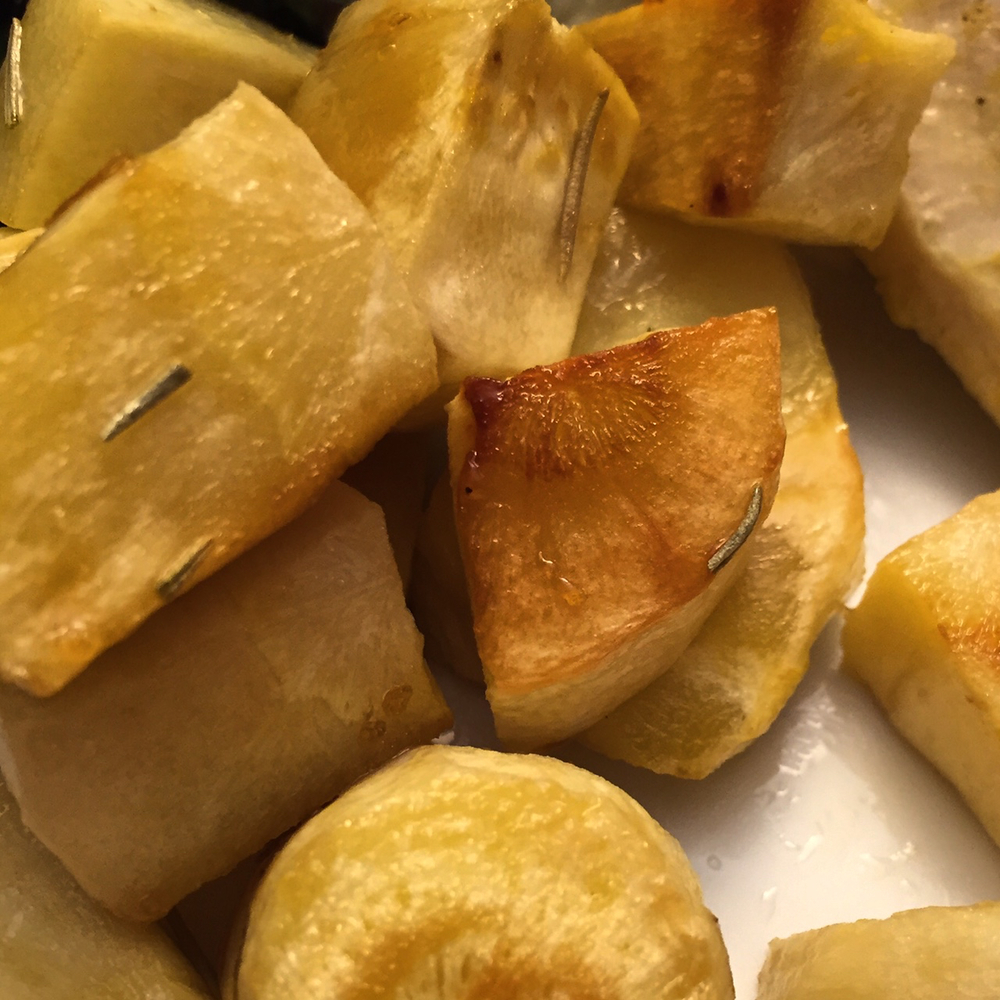 rosemary and brown sugar roasted parsnips