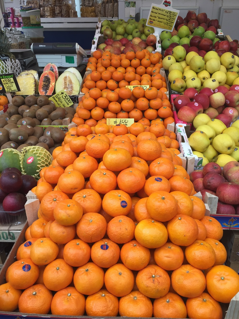 Oranges at a market.