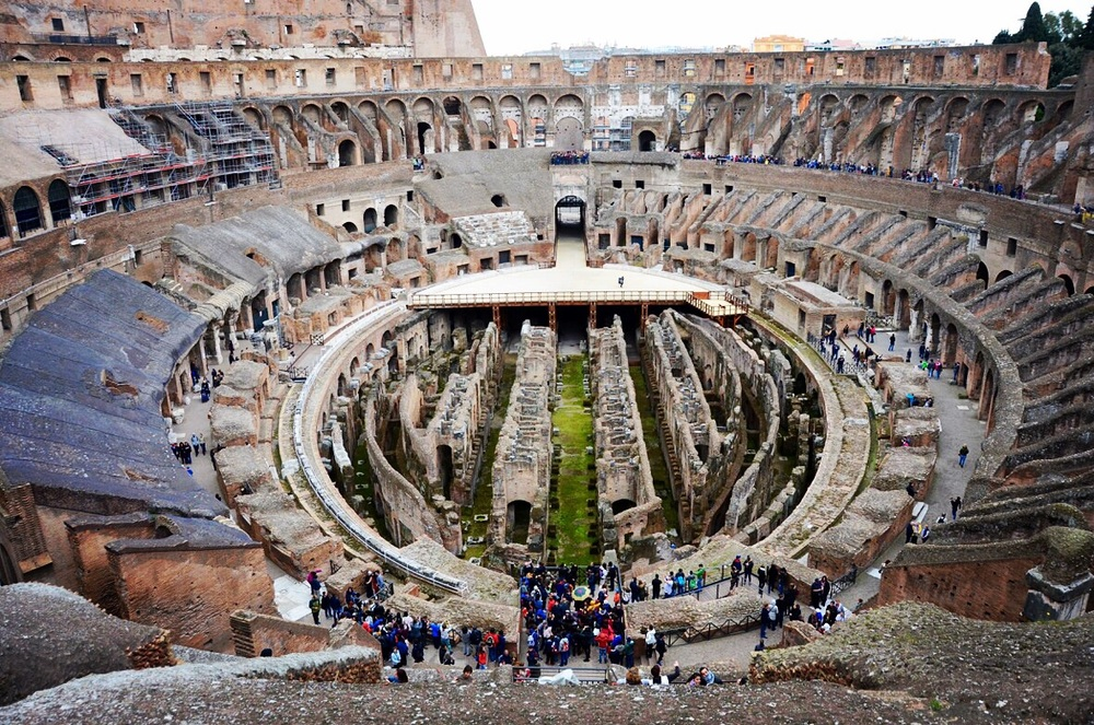 isn't this perspective of the Colosseum cool?!