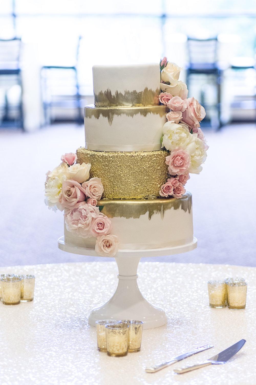 Gold Wedding Cake (1).jpg