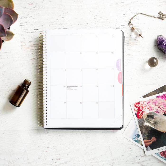 Moderna_Desk_254.jpg