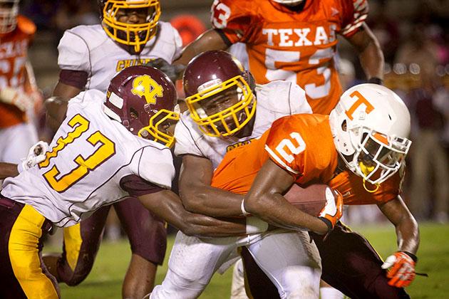 TX-High-Football06_web.jpg