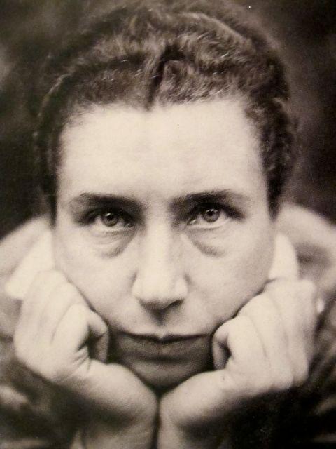 Lucia Moholy 1894-1989.jpg