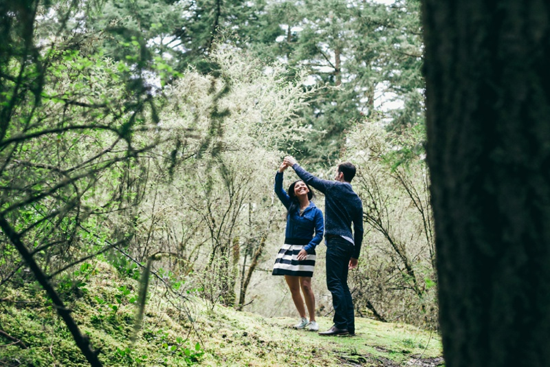 pacific northwest engagement session by love song photo00011