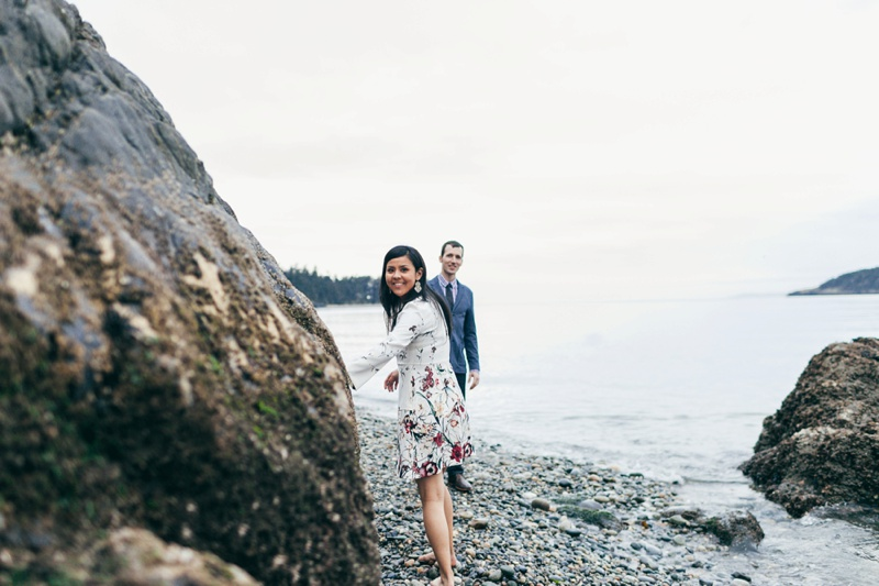 pacific northwest engagement session by love song photo00036