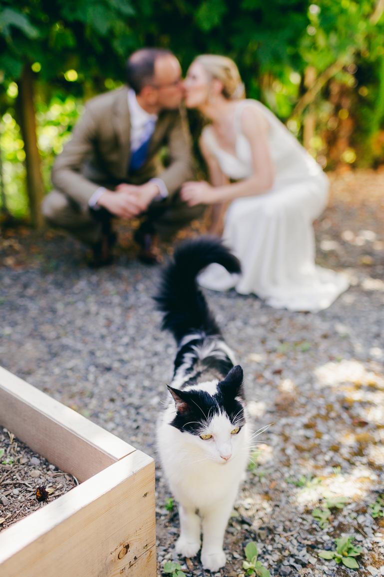 seattle-intimate-wedding-photos-cafe-flora-wedding-0003-2