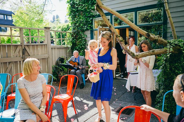 seattle-intimate-wedding-photos-cafe-flora-wedding-0056.jpg