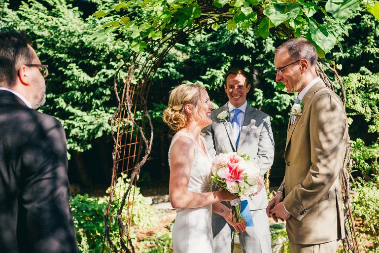 seattle-intimate-wedding-photos-cafe-flora-wedding-0060.jpg