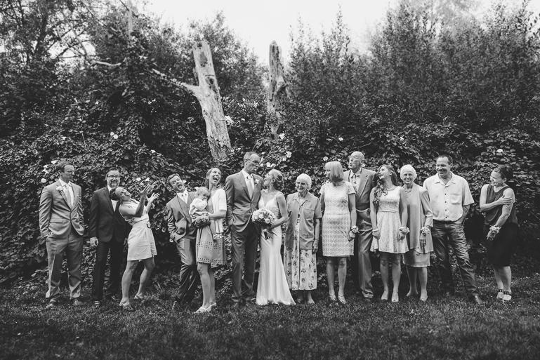 seattle-intimate-wedding-photos-cafe-flora-wedding-0083.jpg