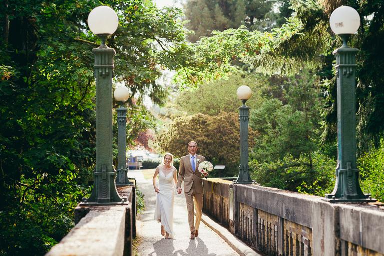 seattle-intimate-wedding-photos-cafe-flora-wedding-0085.jpg