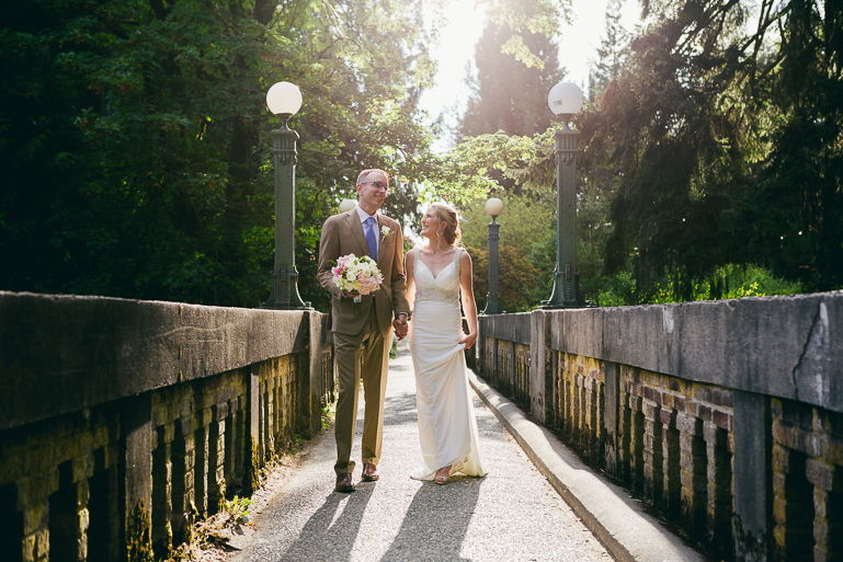 seattle-intimate-wedding-photos-cafe-flora-wedding-0092.jpg