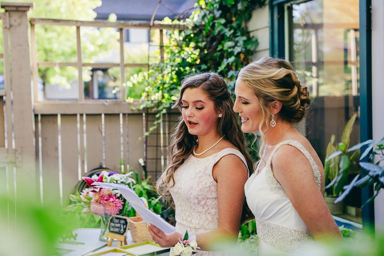 seattle-intimate-wedding-photos-cafe-flora-wedding-0114.jpg