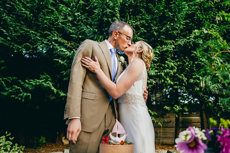 seattle-intimate-wedding-photos-cafe-flora-wedding-0142.jpg