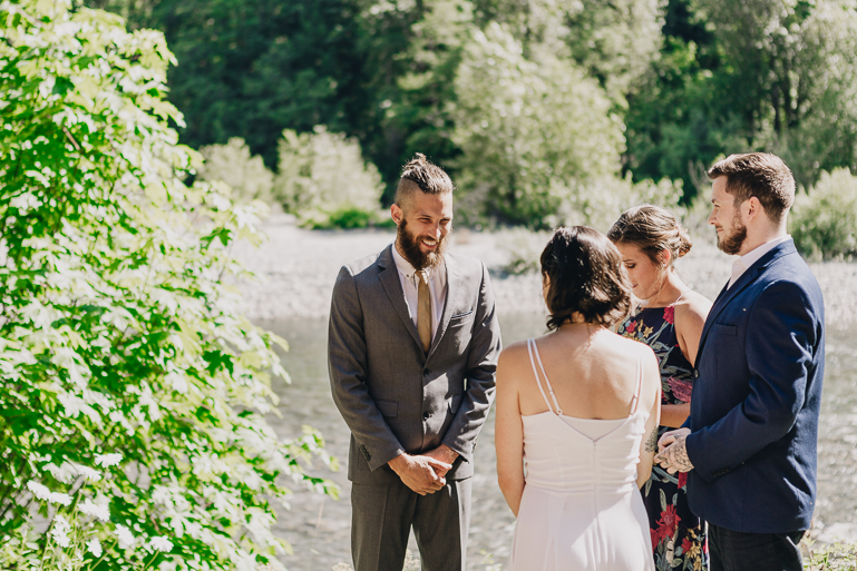skyomish-river-elopement-photos-kristawelch-0021.jpg