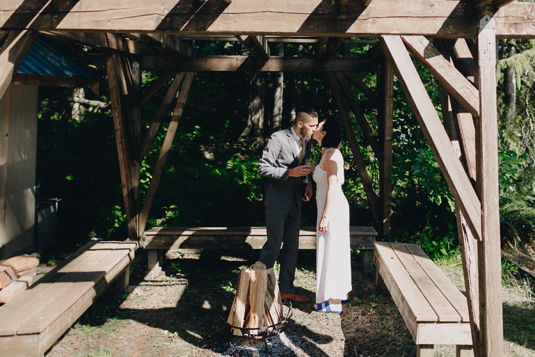 skyomish-river-elopement-photos-kristawelch-0028.jpg