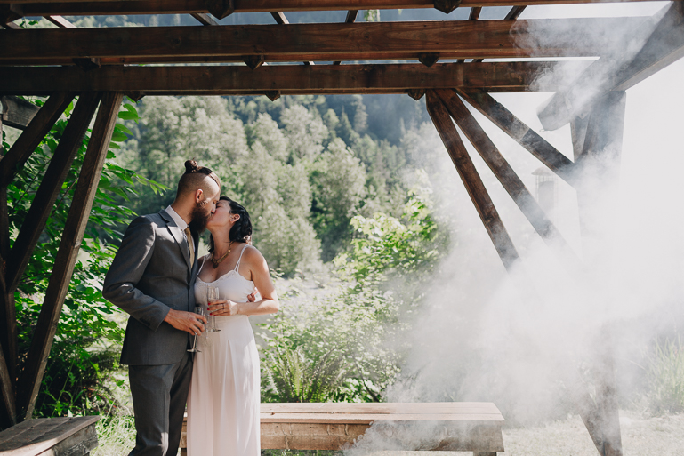 skyomish-river-elopement-photos-kristawelch-0034.jpg