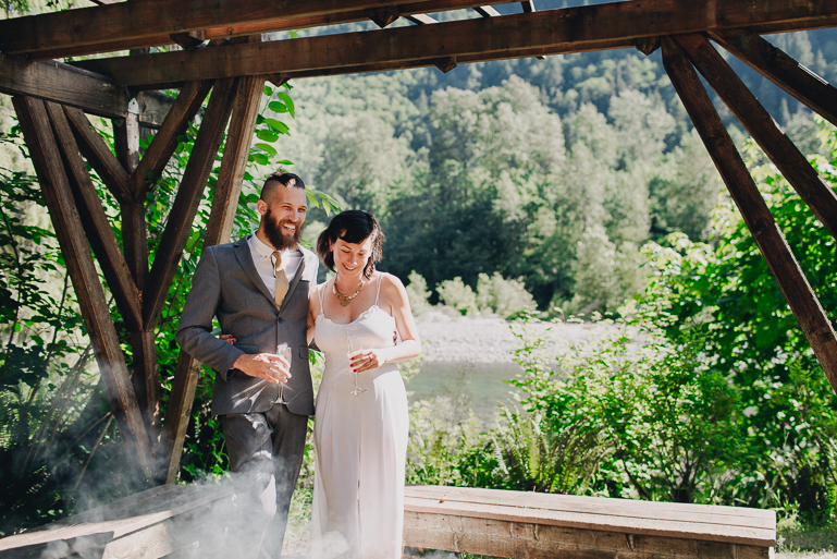 skyomish-river-elopement-photos-kristawelch-0036.jpg